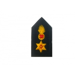 Epipyragos lapel (with velcro)